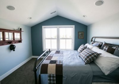 cook-homes-farmhouse-bedroom